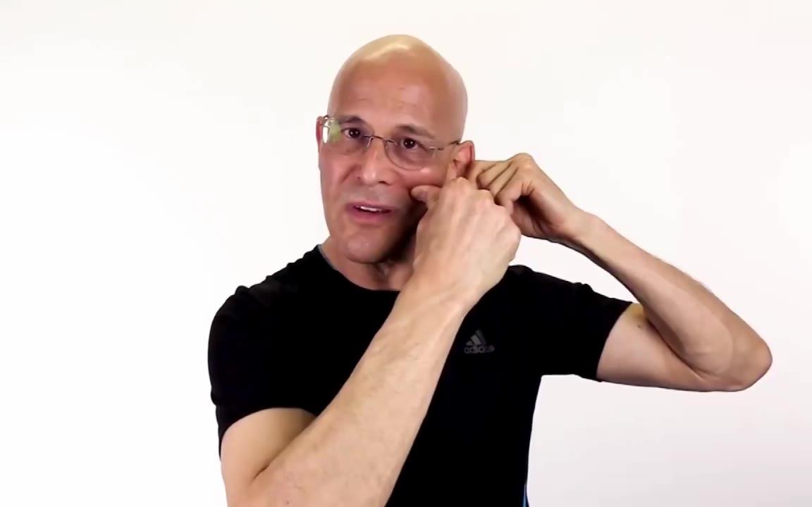 用一个简单的动作,就可以打开鼻窦道,消除鼻塞