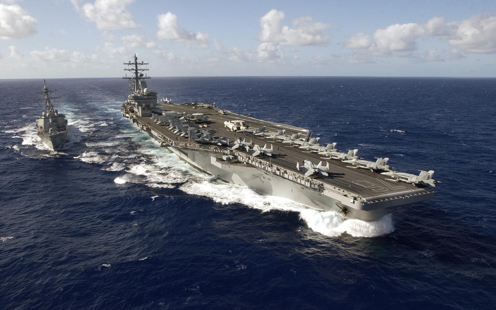 美军舰再闯中国南海,中国如何应对?解放军早已严阵以待
