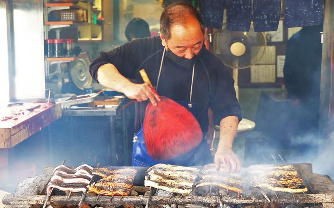 烤鳗鱼大师生活中的一天 - 日本街边小吃