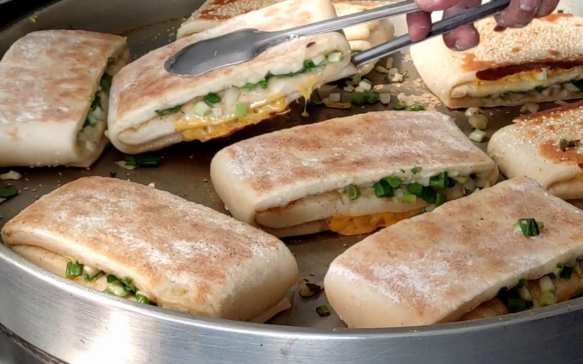 現做蔥花大餅,起司蔥花大餅 台灣街頭美食- 台中美食