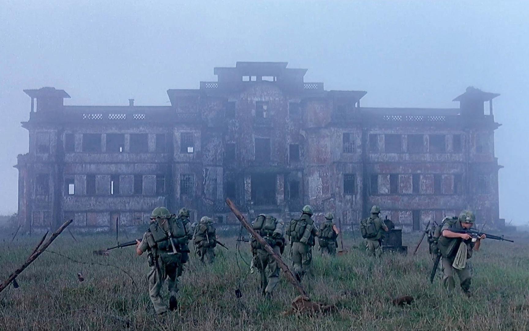 32万士兵在诡异地界相继失踪,士兵受命调查,却发现恐怖真相