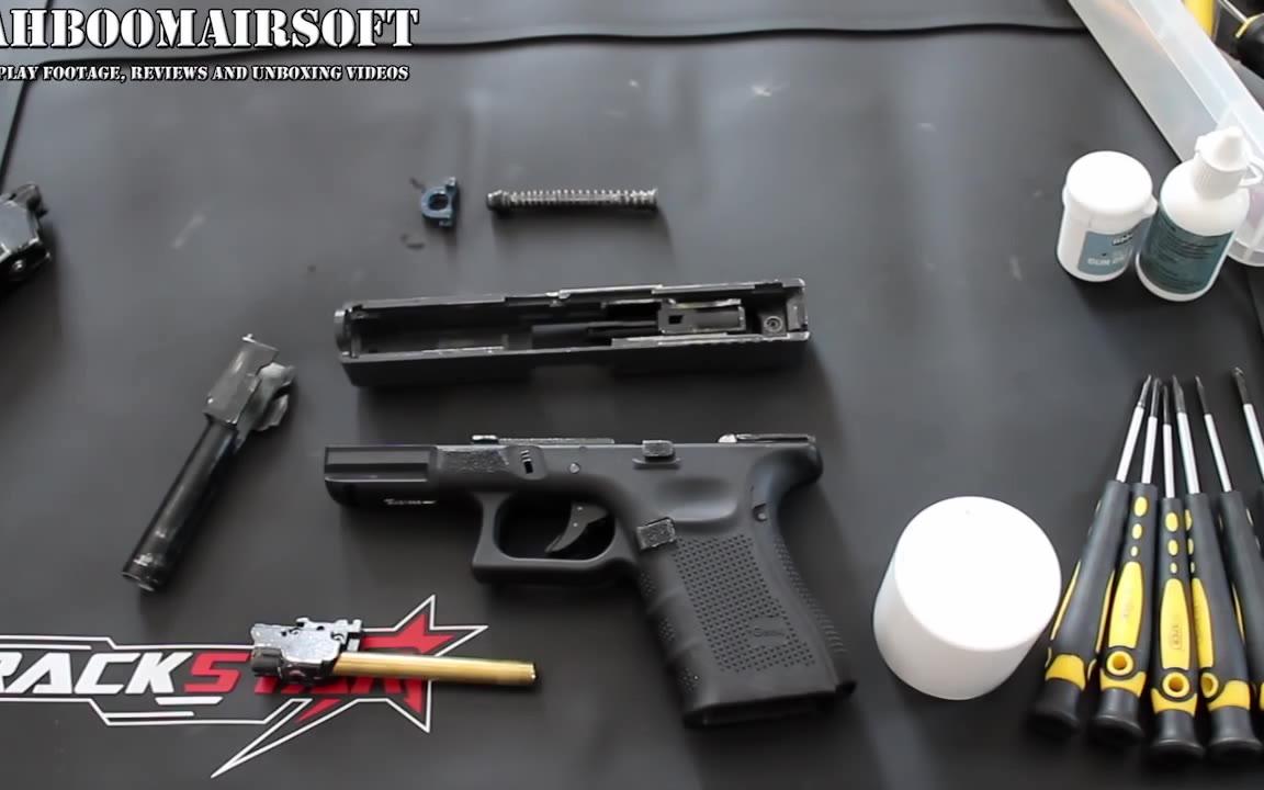 [油管搬运]教你如何清理玩具Glock