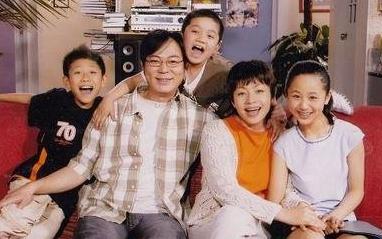 【邸生】:刘星的悲剧——所有人都以为我总是很快乐!
