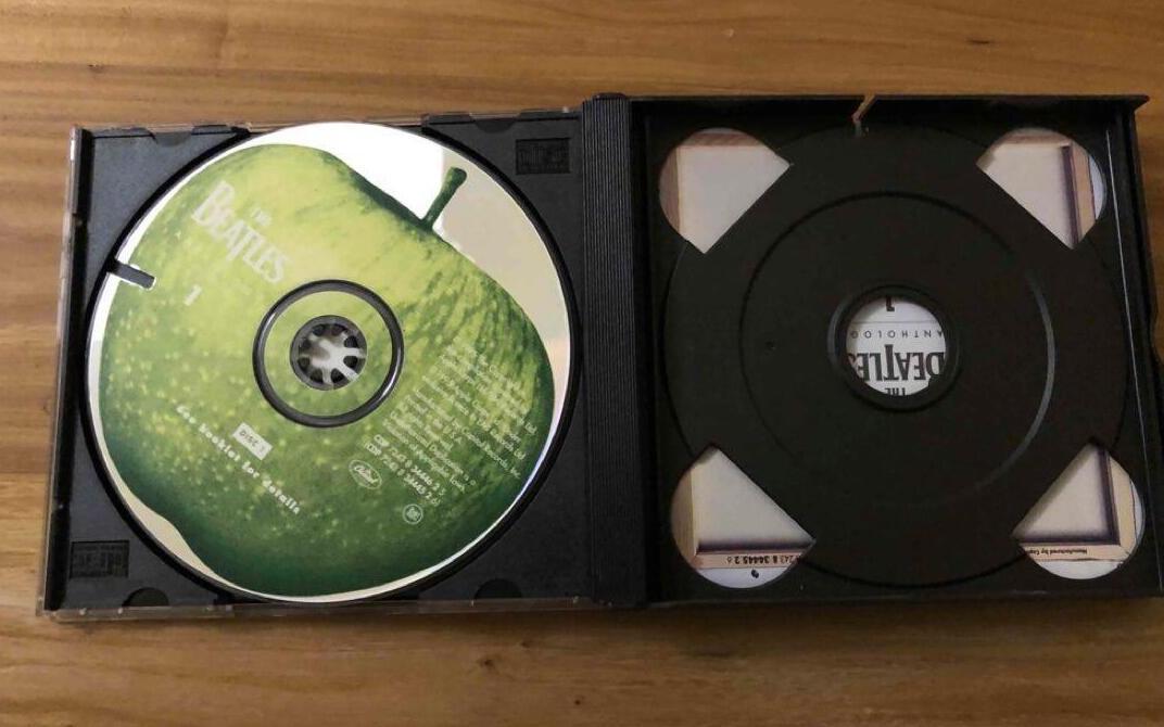 科普向:打口文化,四分钟教你区分原盘、打口碟、正版CD和盗版碟