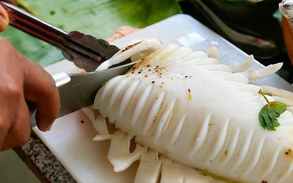 泰国美食 - 巨大乌贼 鱿鱼 曼谷 海鲜 泰国