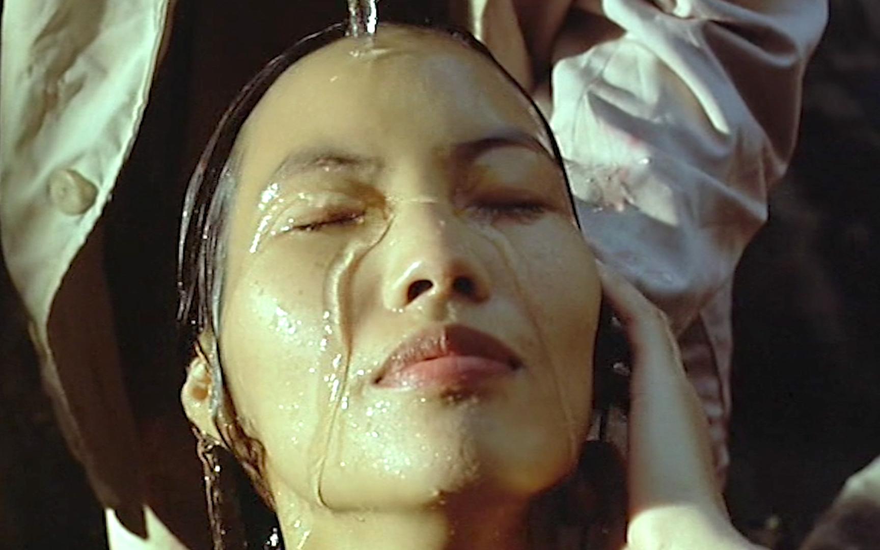 揭开了越南人难以启齿的痛,被越南禁止上映!让人看得触目惊心!《三轮车夫》