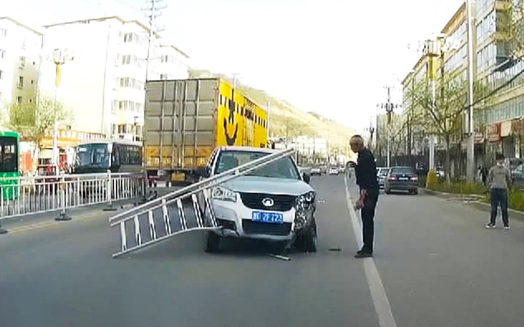 2021中国交通事故合集(0509第282期)