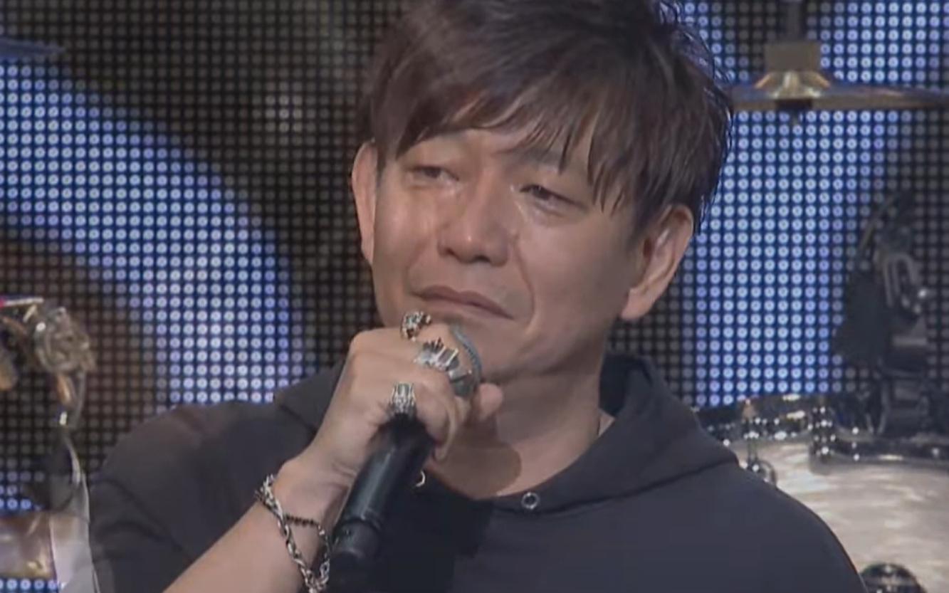 FF14粉丝节制作人吉田闭幕式情绪失控落泪