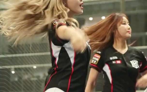 16. 尹永瑞(拉拉队)  - Kill This Love +gogobebe(cove
