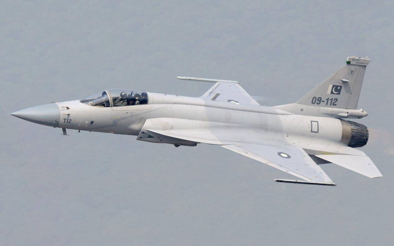喜讯!中航工业与阿根廷完成枭龙战机出口洽谈,一架5000万美元