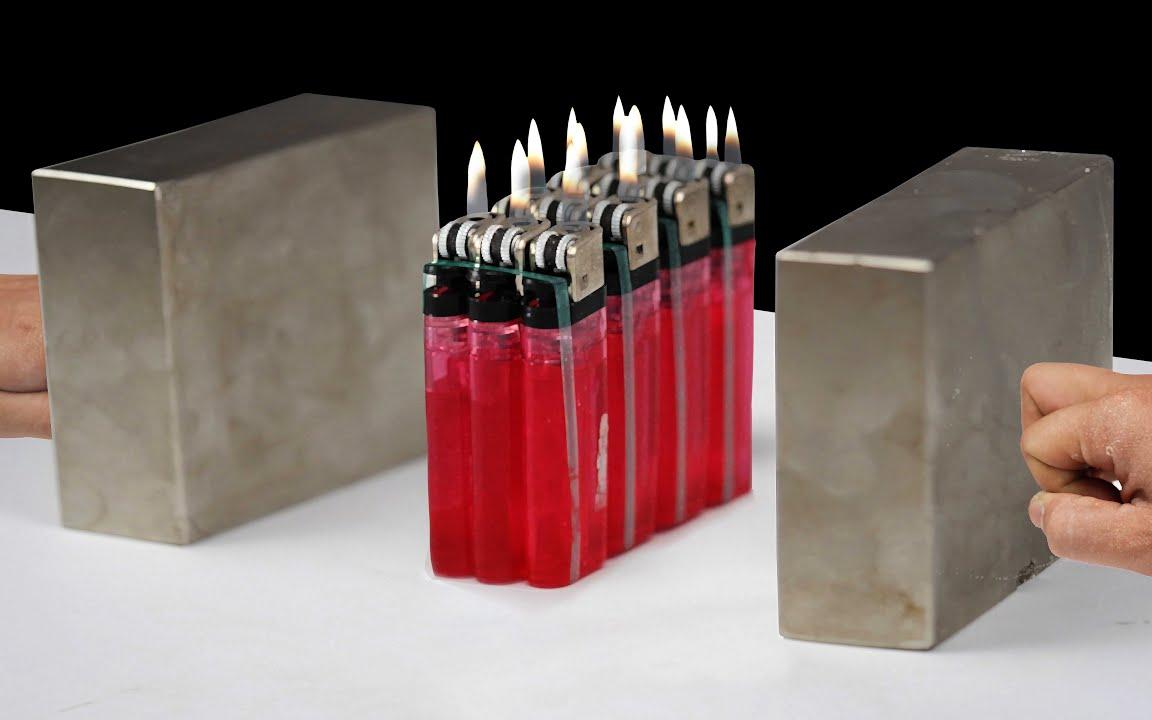 打火机放在两块钕磁铁中间会发生什么?相撞瞬间,场面太壮观了!