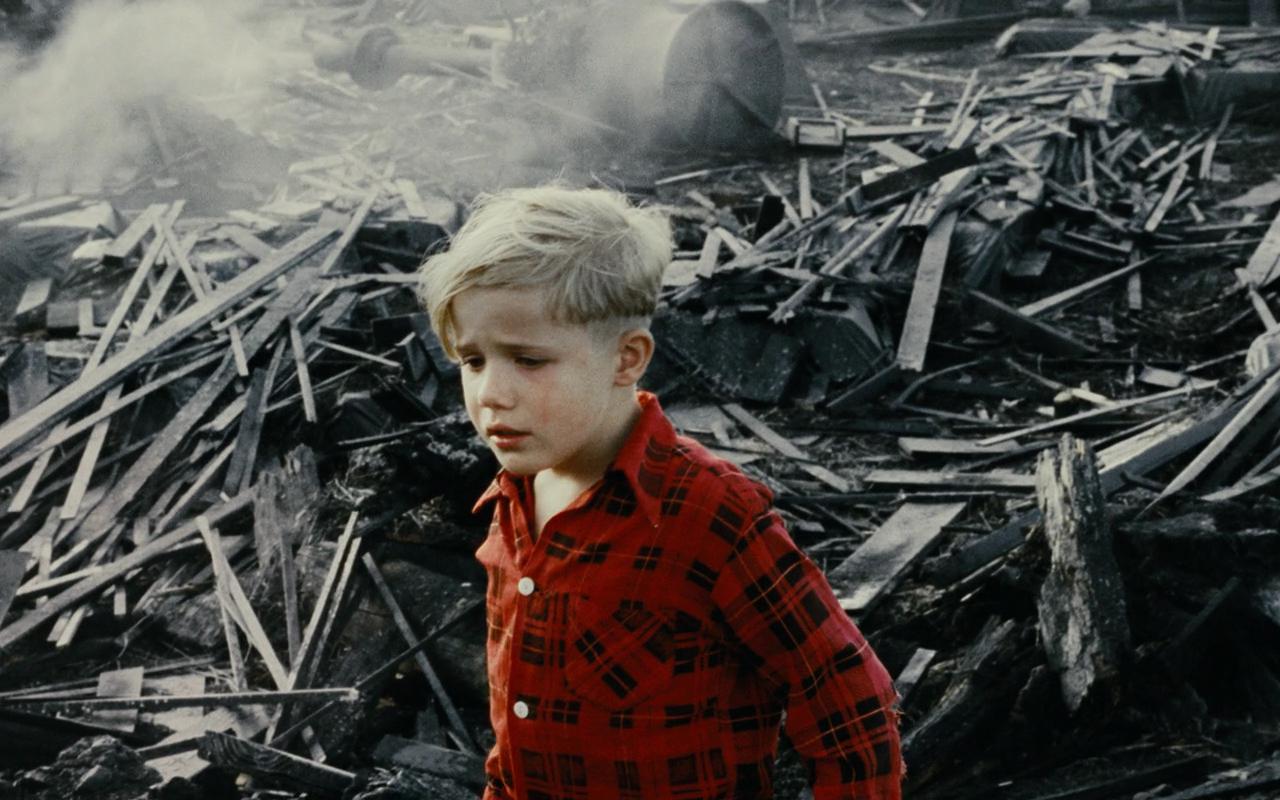 【独家】【何止电影】你最可能忽略的好片!8岁小男孩撑起整部电影《小男孩》