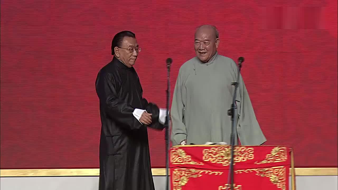 相声: 《我的搭档》侯耀华, 李笑生 搞笑不停~