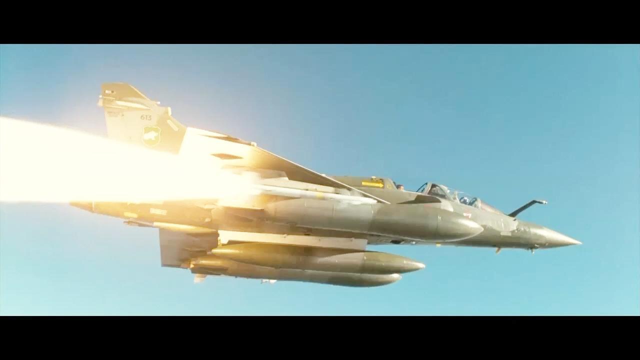 这才是经典的空战电影, 幻影战机超低空突破音爆, 速射空战导弹