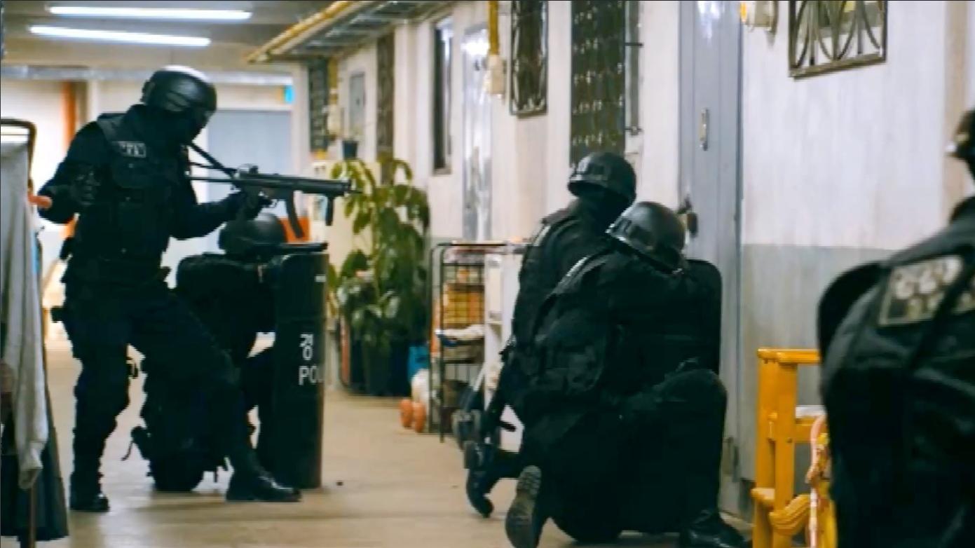 电影: 看了不下15遍的动作猛片! 特种部队血战悍匪, 经典震撼至极
