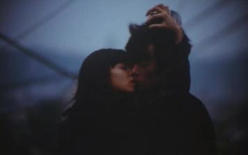 【吻戏合集】最心动的接吻方式